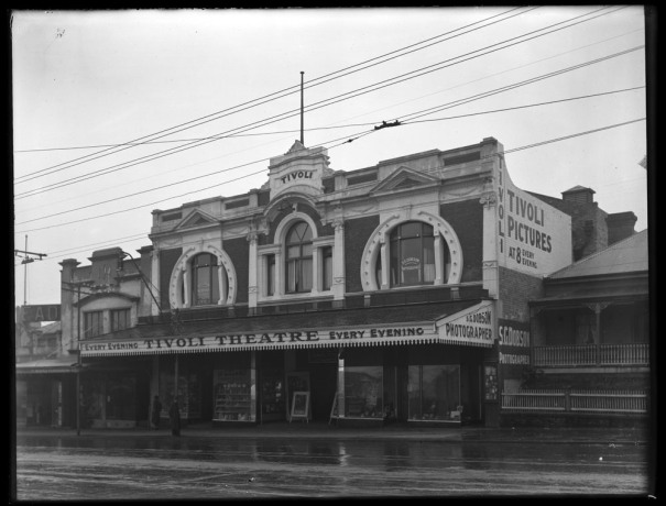 Tivoli Theatre: Sir George Grey Special Collections, Auckland Libraries, 1-W1606
