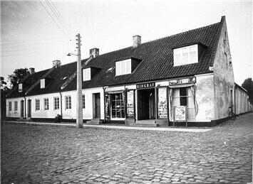 Jan Timanns Plads 1936. Image Credit: http://www.dragoer.dk/page2483.aspx