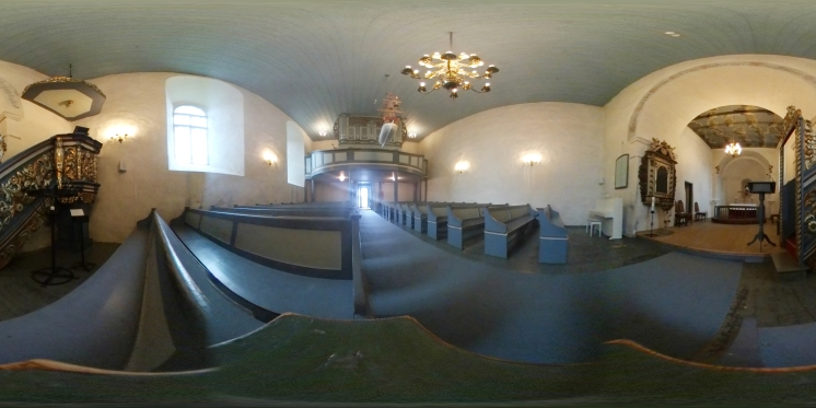 At the Hurum Gamle Kirke © Tracey M Benson 2017