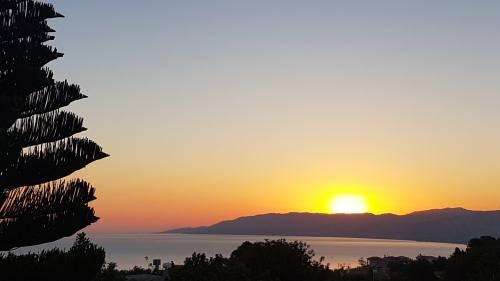 Sunrise in Neo Chorio